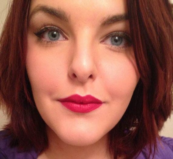 Diorskin Nude Skin-Glowing Makeup SPF 15