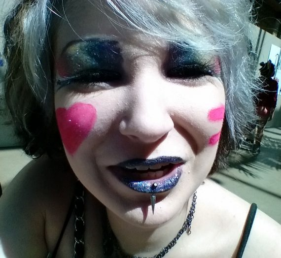 Studded Kiss Creme Lipstick – Poe