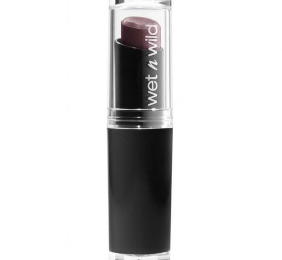 MegaLast Matte Lip Color –  Cherry Bomb
