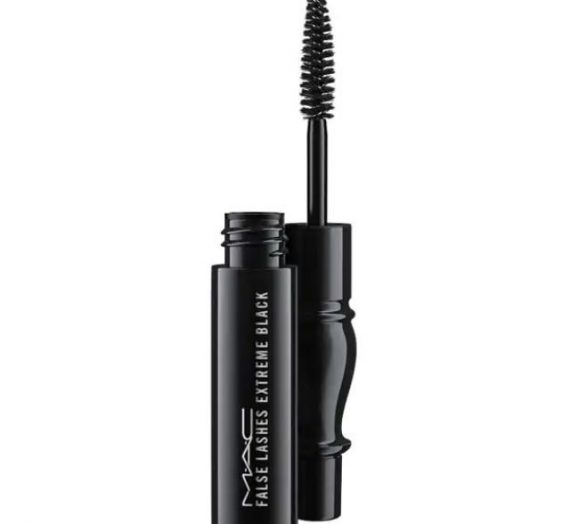 False Lashes Extreme Black Mascara