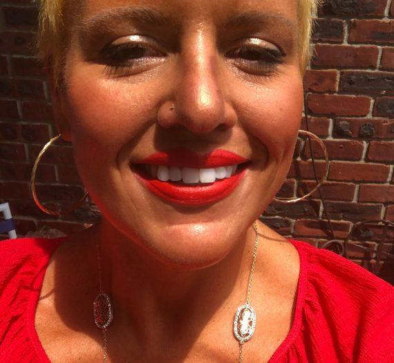 Matte Lipstick – Lady Danger