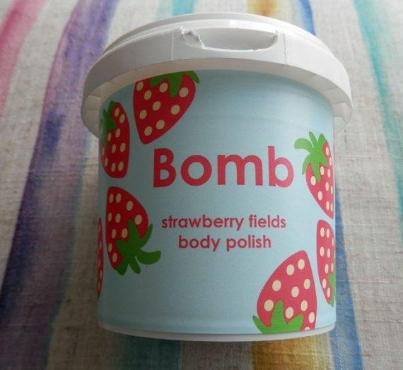 Bomb Cosmetics Strawberry Fields Body Polish