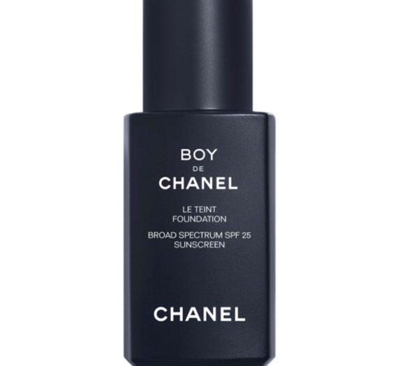 Boy de Chanel Foundation Broad Spectrum SPF 25
