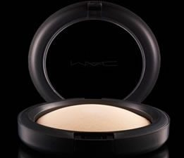 Mineralize Skinfinish Natural – Light