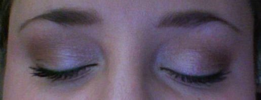 Eye Enhancers 3 Coordinated Eyeshadow Kit  – Shimmering Sands