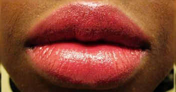 Silk Finish Lipstick – Dark Wine