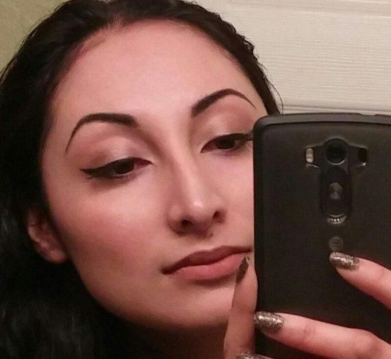 Infallible The Super Slim 12H Liquid Eyeliner
