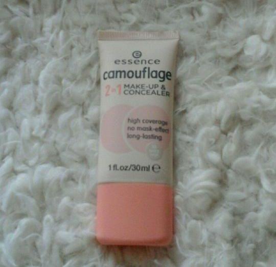 Camouflage 2-in-1 Make-Up & Concealer