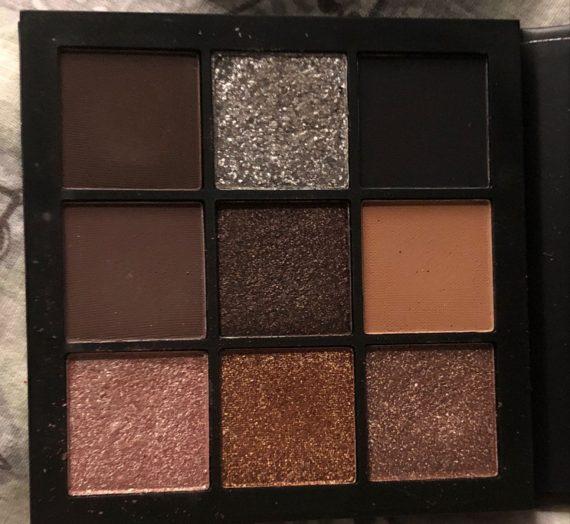 Obsessions Eye Shadow Palette – Smokey