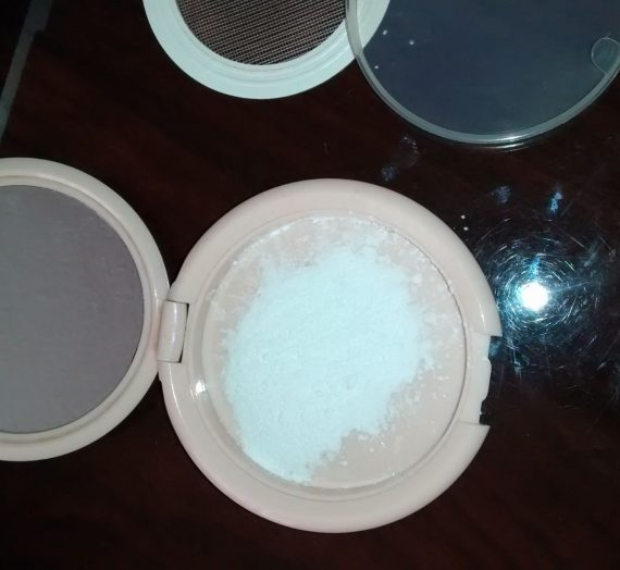 Prep + Prime Transparent Finishing Powder