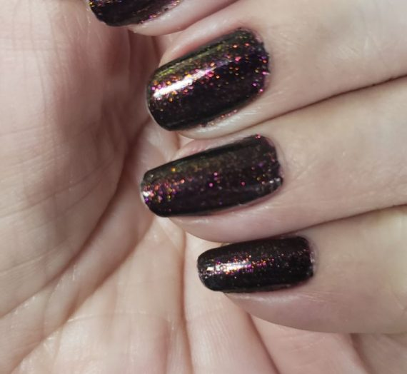 Real Magic Topper Nail Lacquer – Scarlet