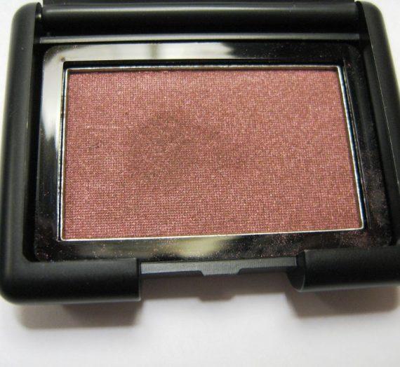 Studio Line Single Eyeshadow in Raspberry Truffle