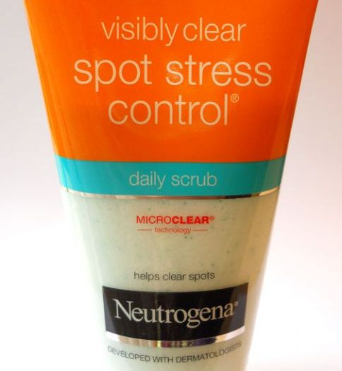 Visibly Clear spot stress control daily scrub with MicroClear