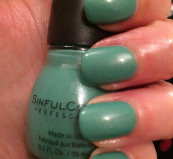Nail Polish – Mint Apple