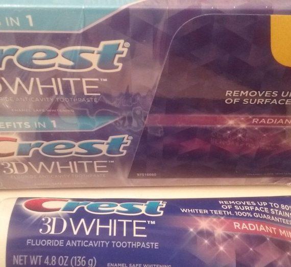 3D White Vivid Radiant Mint toothpaste