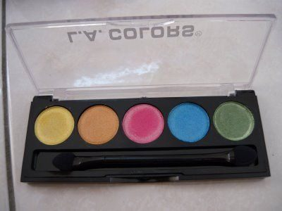 5 Color Metallic Eyeshadow in Tease