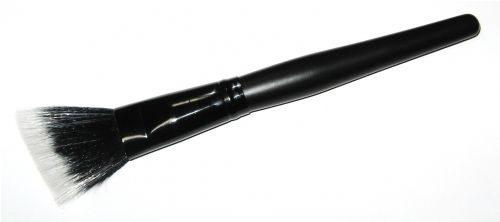 Fiber Optic Angled Blush Brush