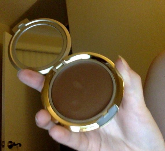 Cream to powder makeup
