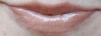 Colorburst Lip Butter – Creme Brulee