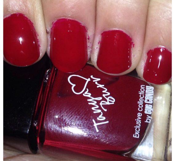 Tanya Burr – Riding hood nail polish