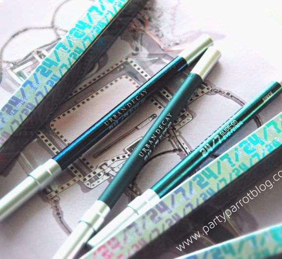 24/7 Glide-on Eye Pencil in Electric