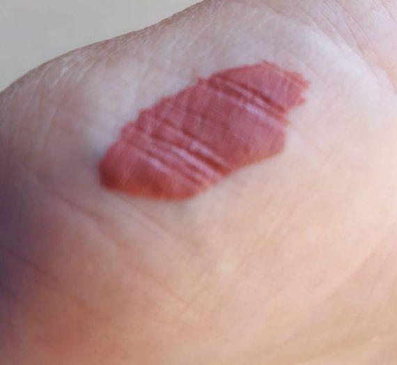 Outlast Lip Color – Lingering Spice