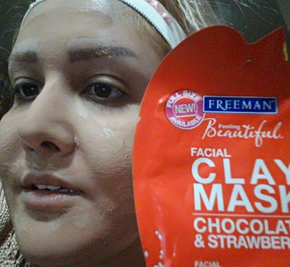 Facial Detoxifying MASK – Chocolate & Strawberry
