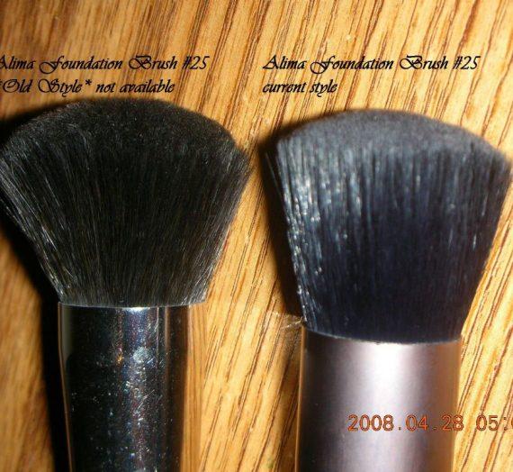 Foundation Brush 25